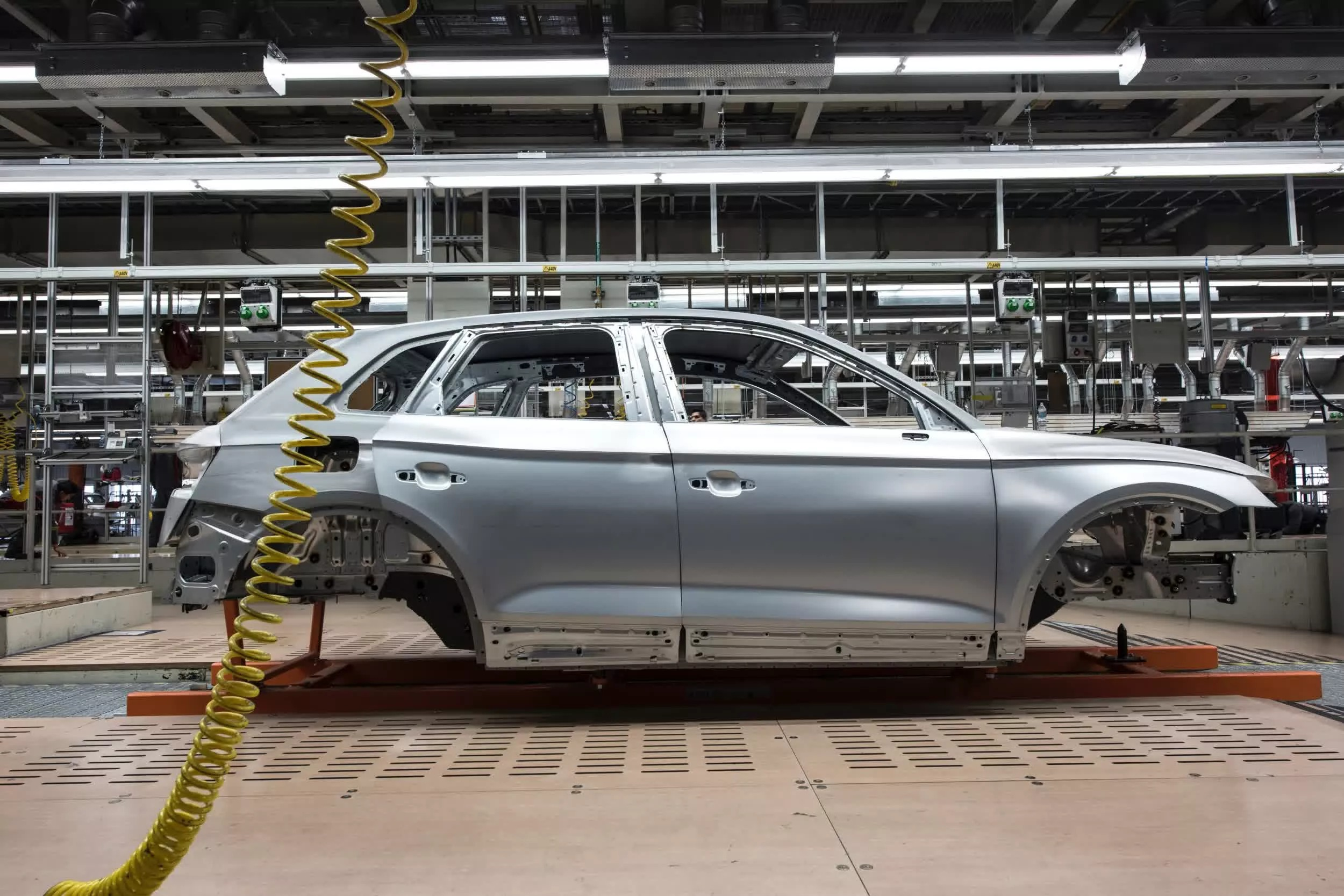 Toyota to slash production in Japan by 40 percent in September due to global chip shortage